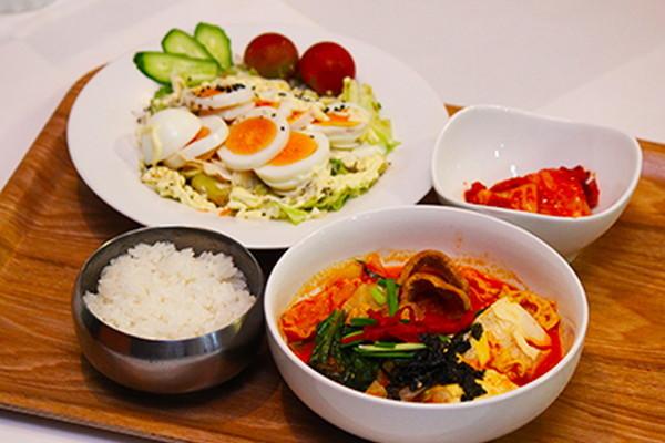 韓流料理 笑談亭