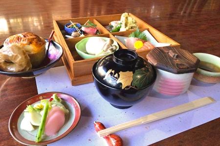 日本料理 ひかた